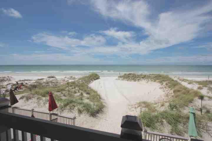 3 Pipers Nest-2 Bedroom/2 Bathroom Oceanfront Condo-Indian Shores Beach, FL
