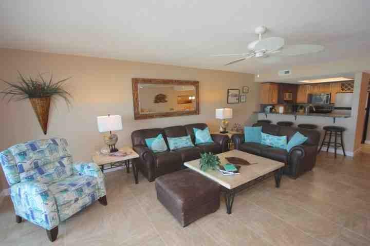 muebles de sala de estar inspirados en la playa 3 Pipers Nest Alquileres De Vacaciones En Indian Shores