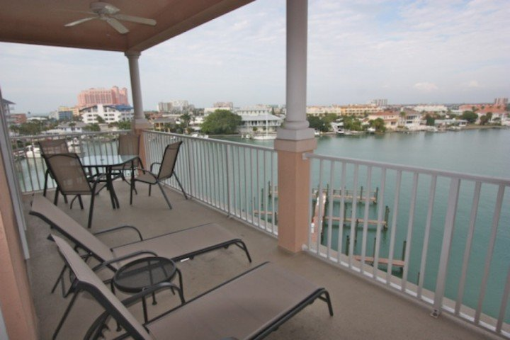 Private Waterfront Patio with Seating for 4-6