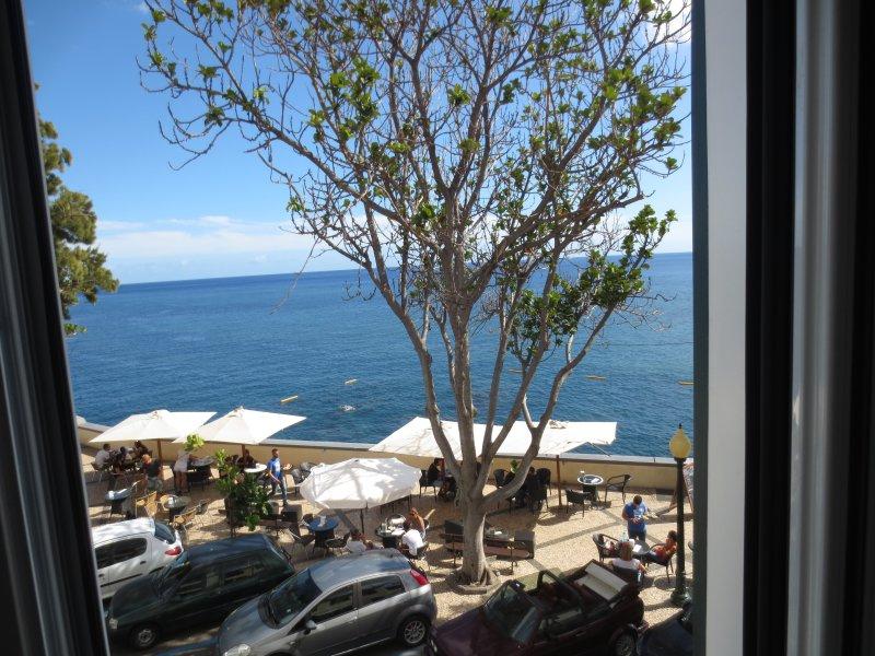 Barreirinha Beach cross road