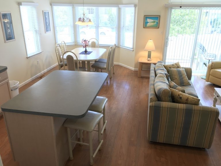 5708 Asbury Ave. 1st Flr. 113223, holiday rental in Strathmere