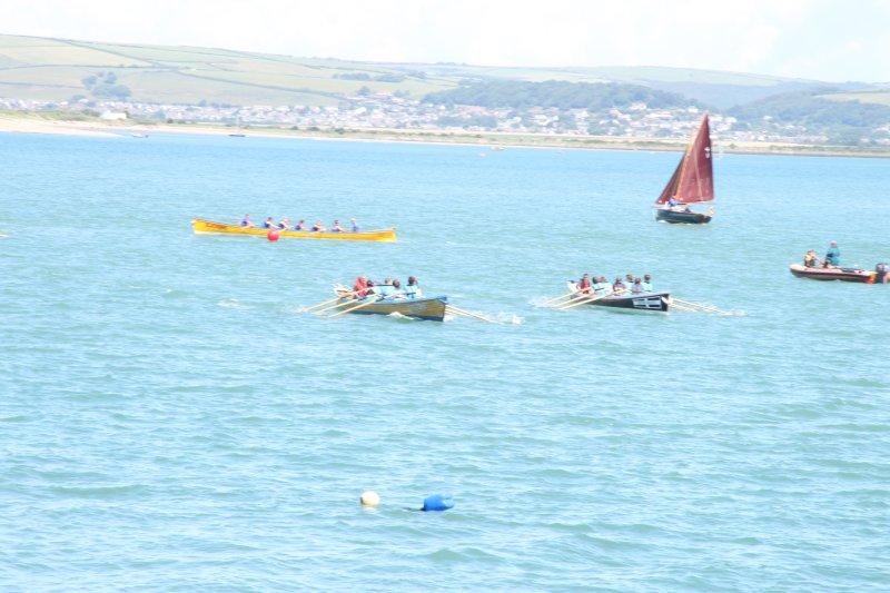 Gig racing on the river