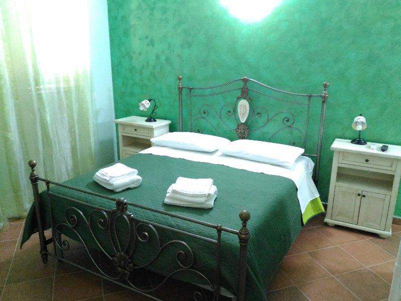 Residence Villa Margherita - Cosi è se vi pare, vacation rental in Montaperto
