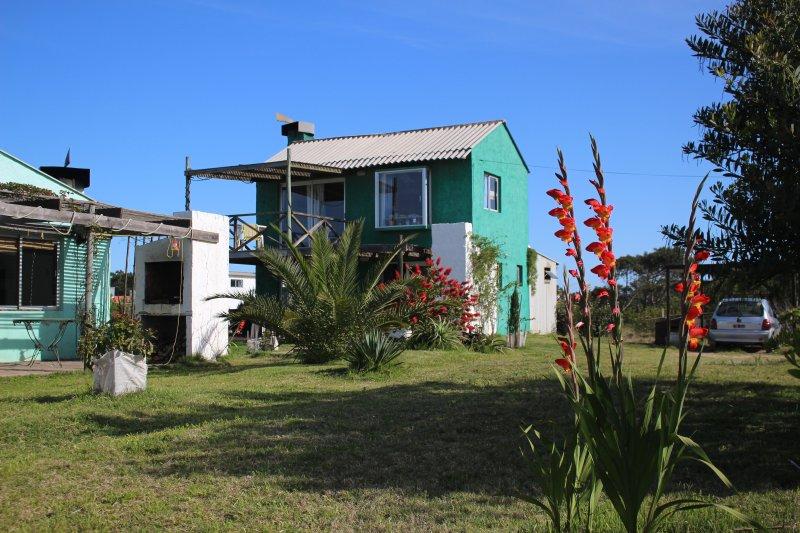 Jardines Diablo Calm-Centric-Comfort-terrace 3,, holiday rental in Punta del Diablo