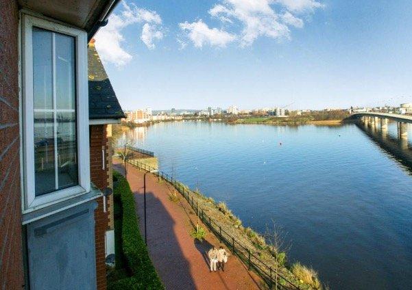 Superbes vues sur la rivière Taff et Cardiff Bay