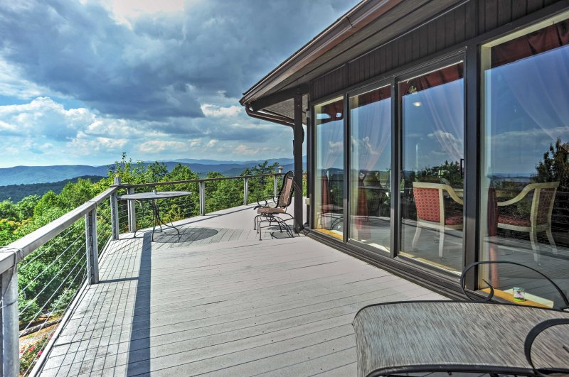 This exceptional Purlear vacation rental cabin provides spectacular views in every direction!