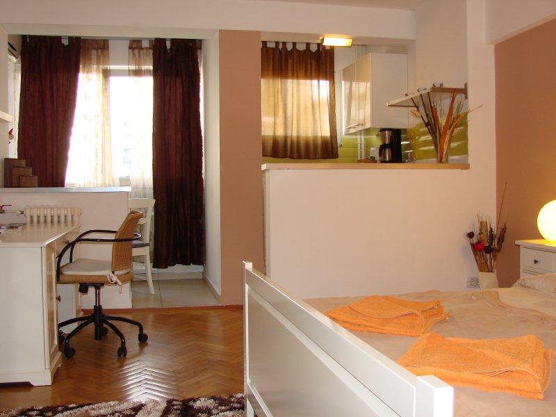 Witte studio is gul in termen van comfort en faciliteiten.