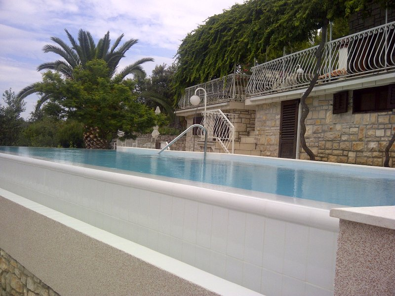 Entire Villa Sonia & Teo, Hvar, Croatia, vacation rental in Hvar Island