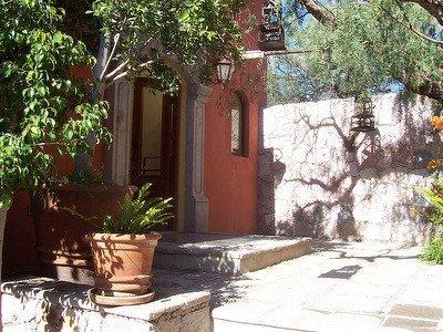 Gorgeous 3 Bedroom, 5 Bath Villa, holiday rental in El Santuario