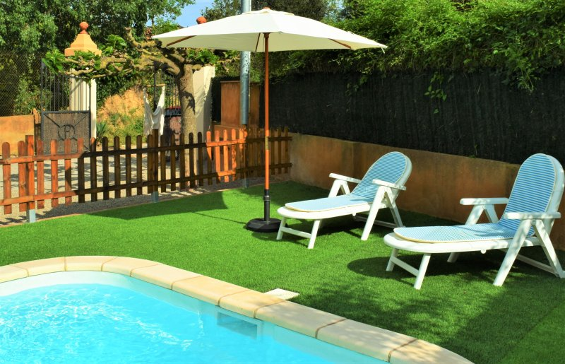 piscina privata recintata