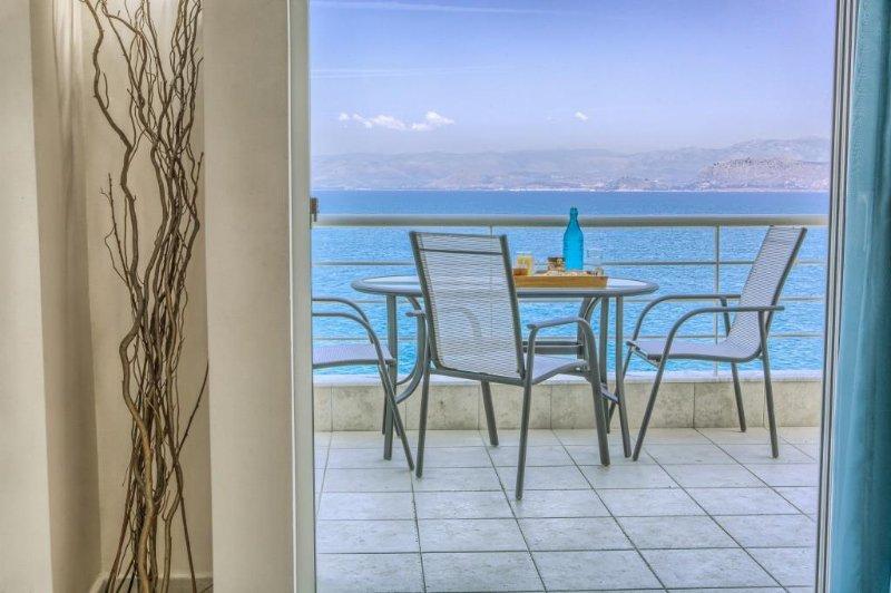 Kiveri Apartments - Sea View, Big balcony, 2 Bedrooms,1 Bathroom,75sqm, holiday rental in Paralio Astros
