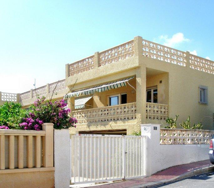 Ferienwohnung bis 5 Personen, 40 m vom Strand, alquiler vacacional en Guardamar del Segura