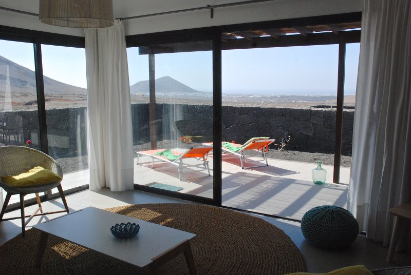 PELICAN HOME, vacation rental in Nazaret