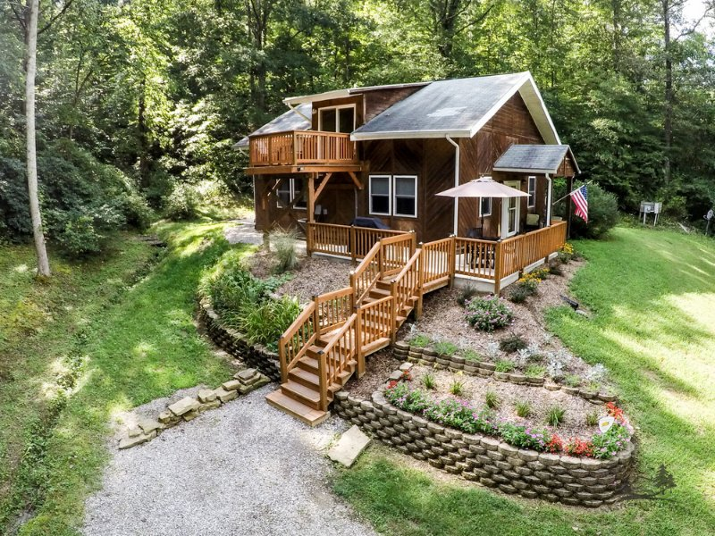 Marsh Hollow: The Cottage in the Hocking Hills, Ferienwohnung in Chillicothe
