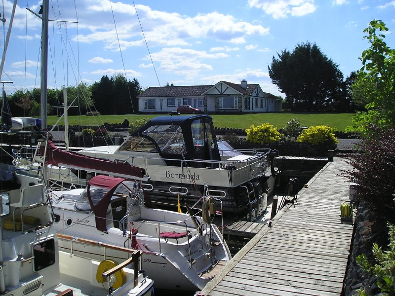 LOUGH REE HOUSE, holiday rental in Athlone