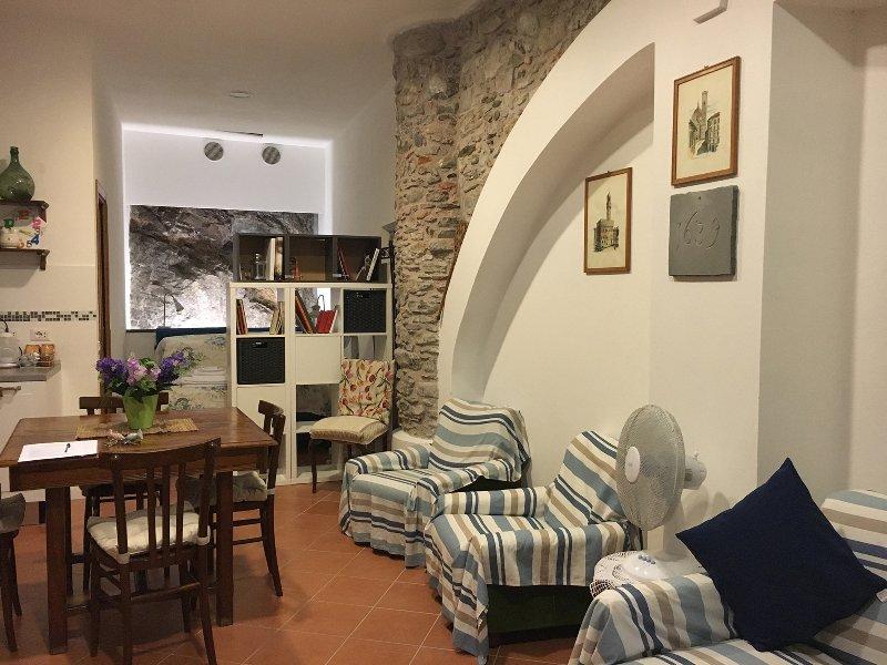 La cantina di Lorenza Codice Citra 011030-LT-0048, holiday rental in Vernazza