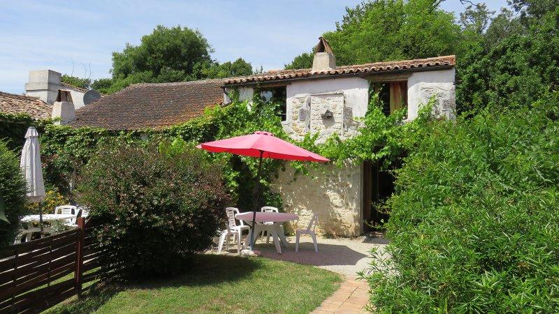 mooie cottages dateren uit de 17e eeuw en zijn de laatste jaren mooi gerenoveerd