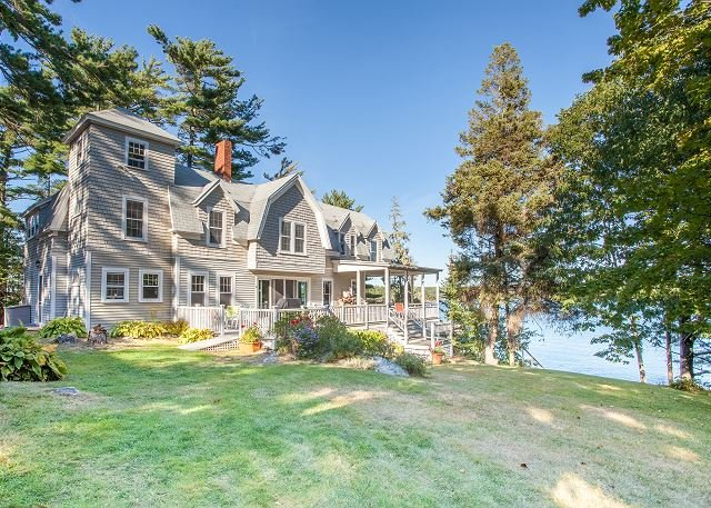 East Boothbay Oceanfront Home w/ Deepwater Dock, holiday rental in Bayville