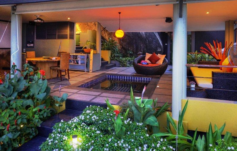 Romantic Living area