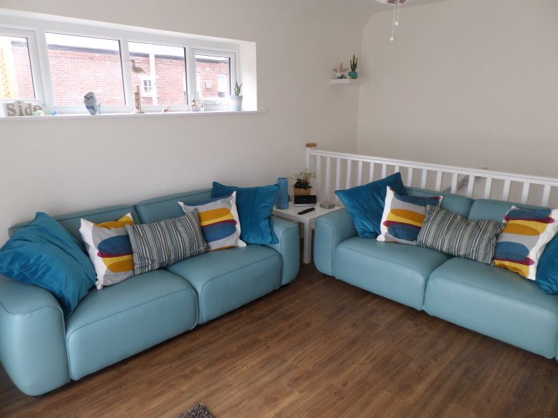 Seaside apartment, close to shops and beach, holiday rental in Budleigh Salterton