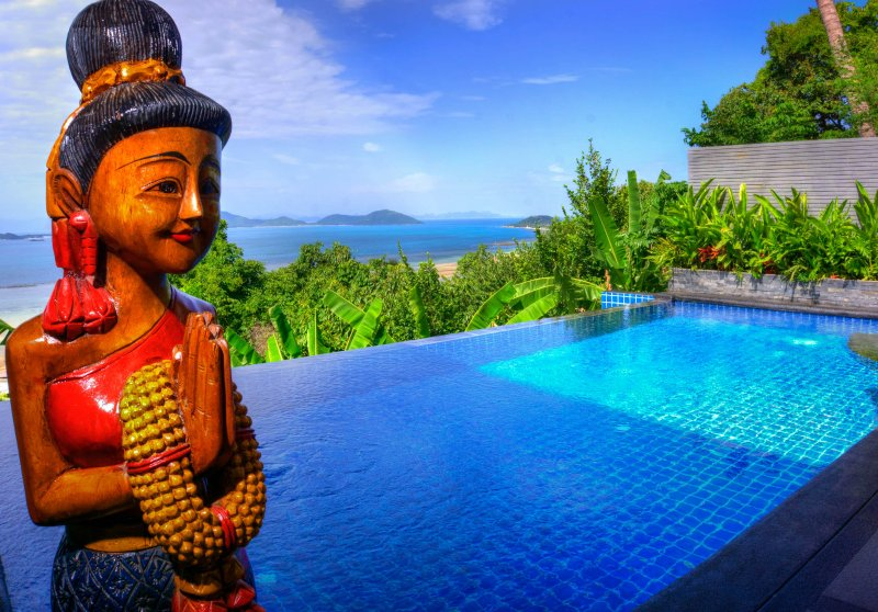 Panoramic Ocean View 1 Bed Luxury Villa has large Infinity Pool & Free Transfers, vacation rental in Laem Set