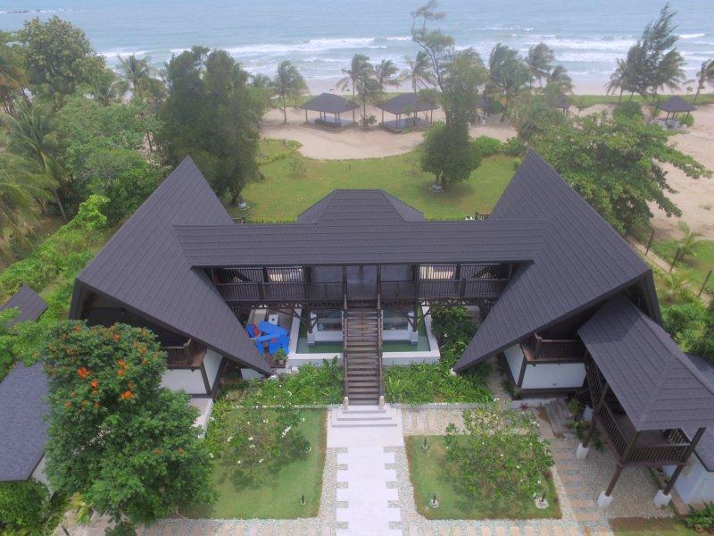Serendipity Luxury Beach Villa, vacation rental in Kudat