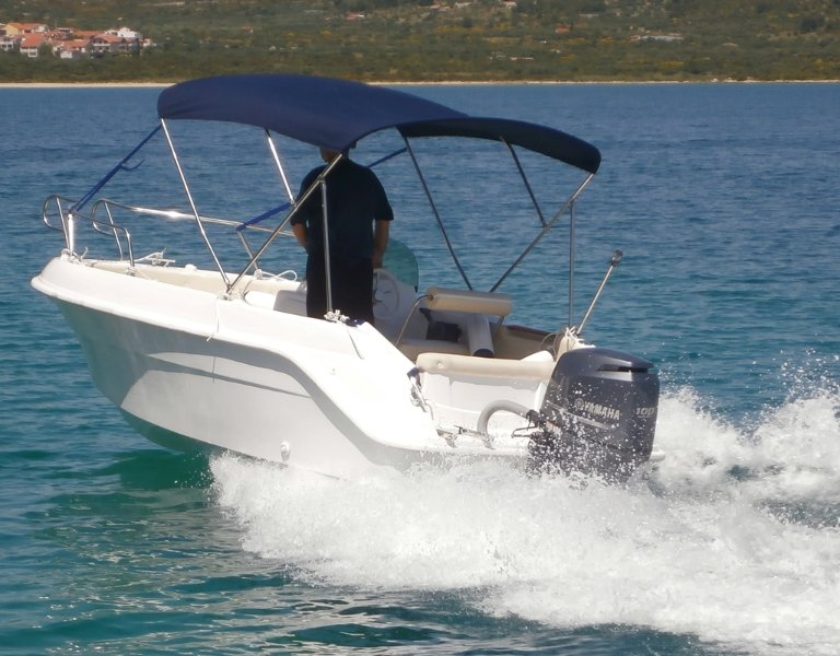 Boat Rent Tribunj ( Apartment included ), vacation rental in Tribunj