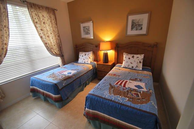 Twin bedroom at 1st floor