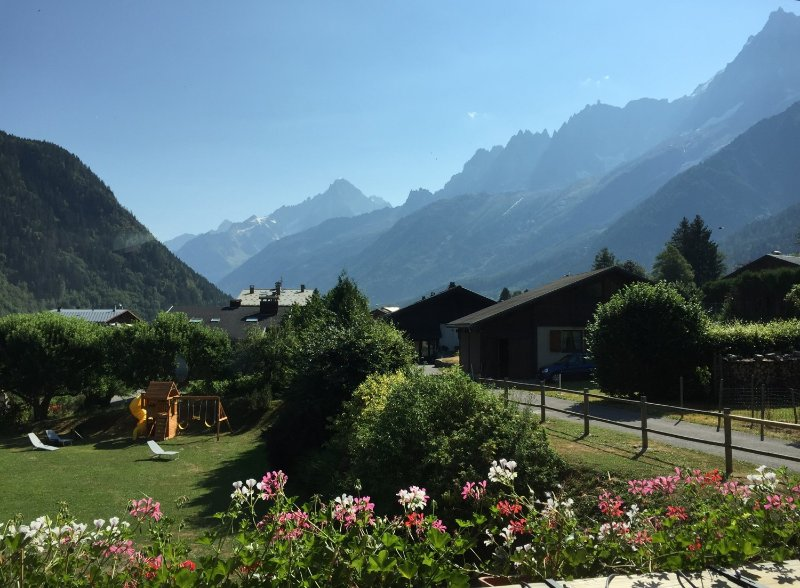 3 bed 3 bath apartment with views of Mont Blanc, vacation rental in Chamonix