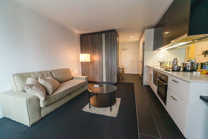 Un intérieur moderne, confortable et accueillant.