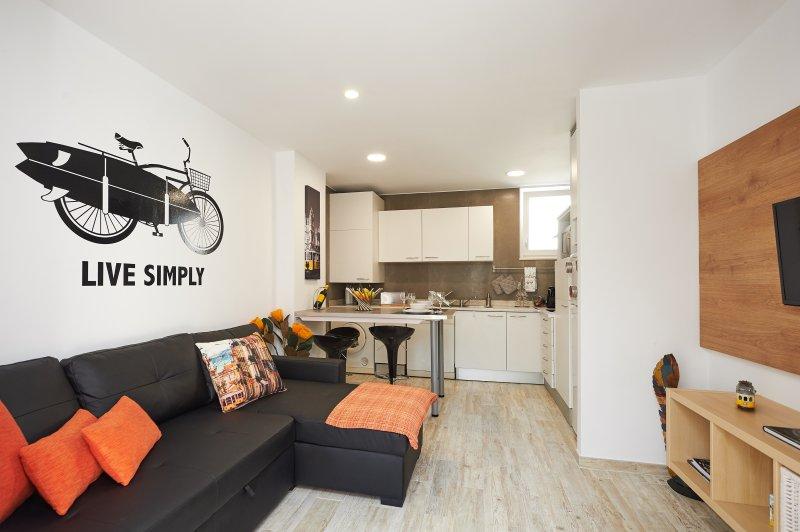 Salon avec canapé-lit kitchen.Good