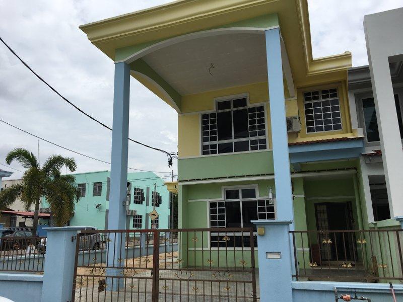 Casa de Monte Homestay, vacation rental in Ayer Keroh