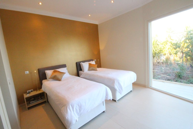 Super King or two twin bedroom