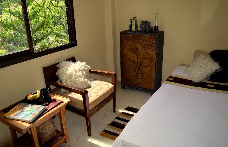 Baan Tai Beachfront Single Room, casa vacanza a Ban Hat Rin