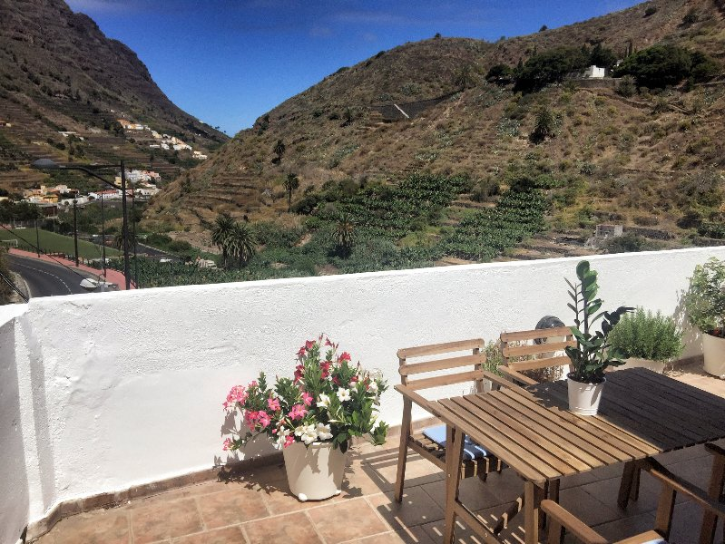 Casa Abuelo Pepe, terrace and views of the Hermigua