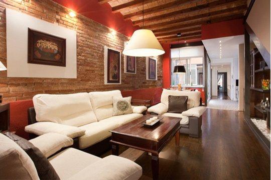 loft de diseño: 3 niveles con 3 habitaciones dobles y 2 baños en el centro de Barcelona