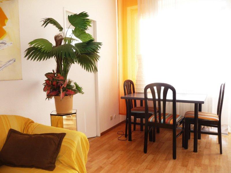 rughige, zentral gelegene City Wohnung, location de vacances à Teltow