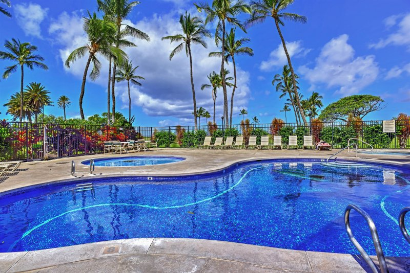 Kihei Haven at Village by the Sea w/ Ocean Views!, holiday rental in Kihei