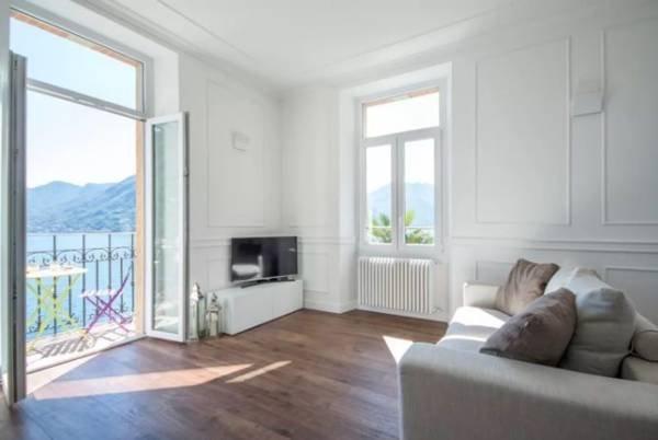 VILLA PERONI - CLASSIC, holiday rental in Argegno