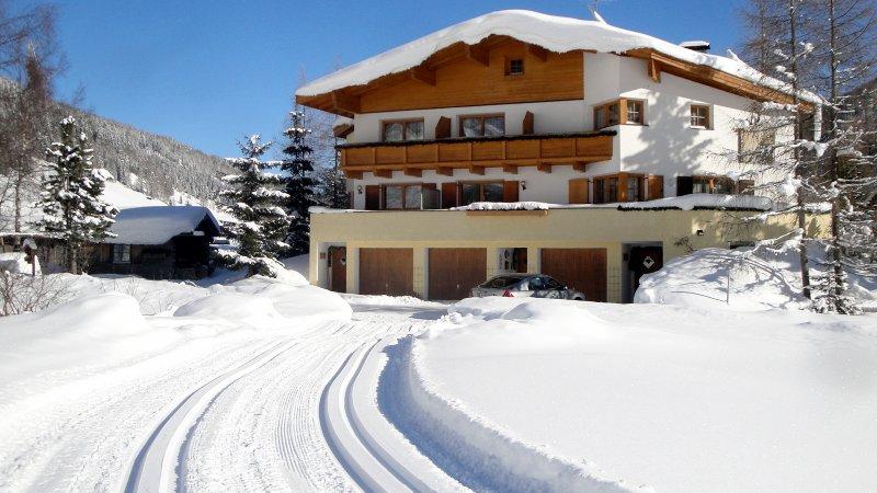 App. Olperer im Ferienhaus Padrins, vacation rental in Vipiteno