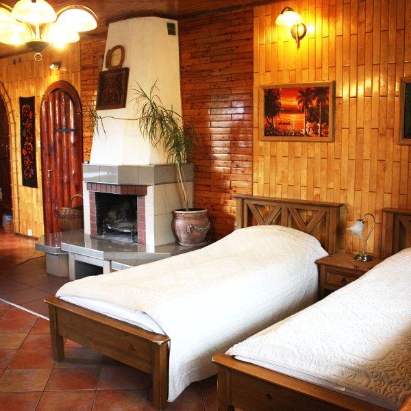 Pokoje Kaja -room with fireplace -Suwalki Szelment, vacation rental in Jeleniewo