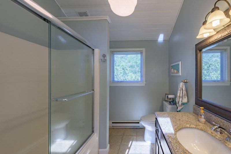 2e niveau salle de bain partagée