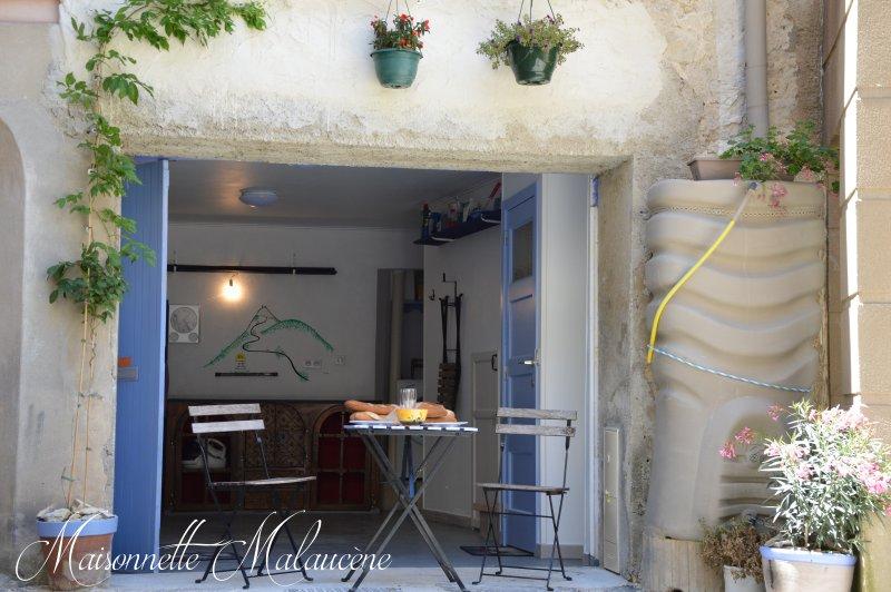 Maisonnette Malaucène -ideal for sporters- Ventoux, vacation rental in Malaucene