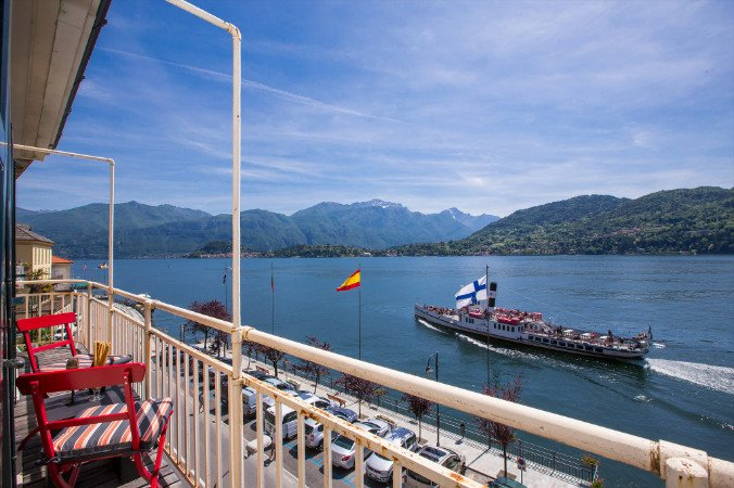 Tremezzo Apartment Sleeps 8 with Air Con and WiFi - 5841407 – semesterbostad i Tremezzina