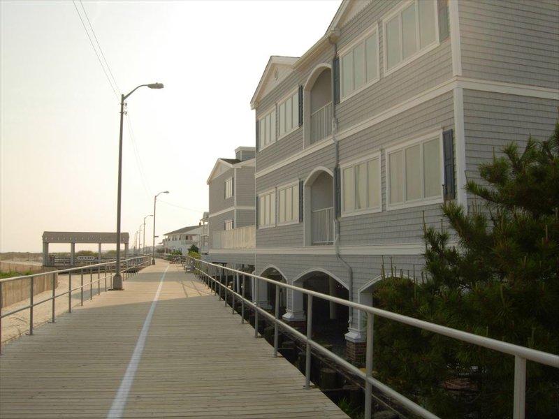 Front of Ocean 17 & Boardwalk
