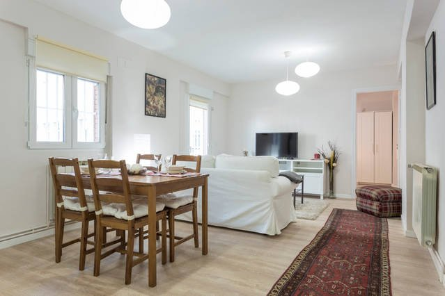Apartamento Casa de Campo, vacation rental in Leganes