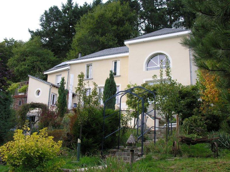 De Cadanise - Suite charme Auvergne met luxe diensten. Rust en discretie