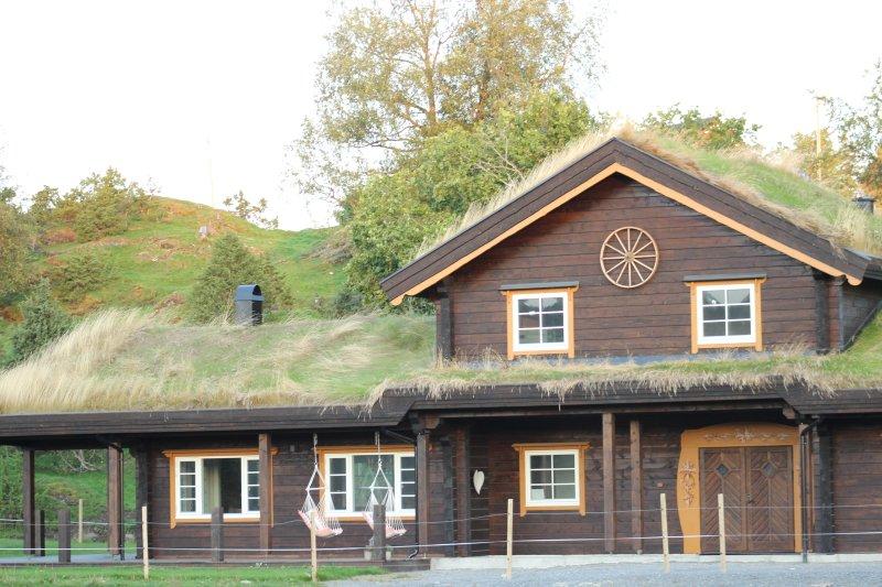Snerting Ranch Hotel, vacation rental in Straumen