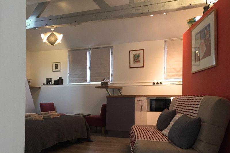 ruime 3e verdieping studio