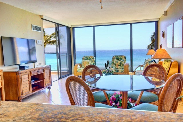 55' TV with all tile floors and amazing views